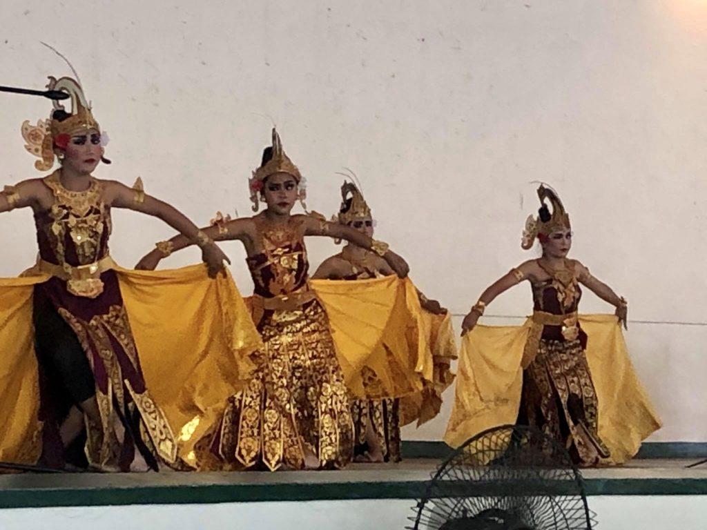 Santhi Budaya, Invited to Perform Traditional Dances at FEU Roosevelt